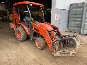 2014 Kubota B26 4x4 Diesel Hydro Compact Tractor Loader Backhoe Only 1100hrs