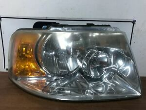2004 Ford Expedition Right Passenger Headlight Oem 23