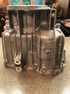 Ford F250 F350 F450 Zf650 6 Speed Transmission 4wd Tail Housing 1319 301 073