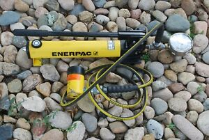 Enerpac P 391 Pump With Hose And Rgh121 Hollow Ram 12 Ton Cylinder In Excellent