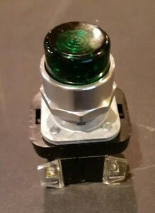Allen bradley 800t qb24g Momentary Push Button Switch Green 24 V Ac dc