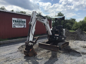 2014 Bobcat E26 Hydraulic Mini Excavator W Thumb One Owner Only 900 Hours