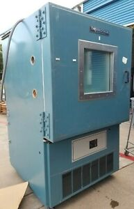 Thermotron S 32 Chamber