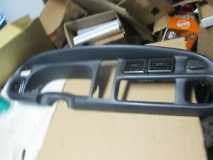 98 01 Dodge Ram Manual Dash Bezel With Vents And Power Outlet 1998 2001 2000