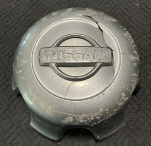Nissan Frontier 40315 9z410 Factory Oem Center Cap Cover Hub Lug 62406 Damaged