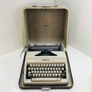 Vintage Olympia Deluxe Sm9 1966 Manual Typewriter Case W Key Dust Cover Germany