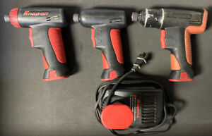 3 Used Snap On 7 2v Cts561cl 1 4 Screwdrivers 4 Batteries Charger