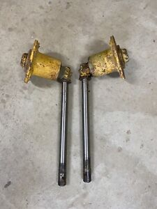 Farmall Ih Cub Front Spindles And Hubs With Keyed Shafts 1 Set