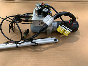 04 08 Chrysler Crossfire Convertible Top Motor Roof Hydraulic Pump Used