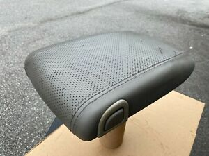 03 06 Cadillac Escalade Center Console Lid Armrest Oem Gray
