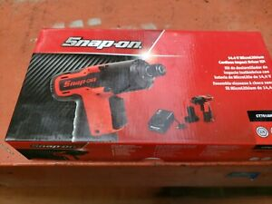 Snap On Ct761a14 4v Microlithium Cordless Impact Wrench Driver Kit 1 4 Hex New