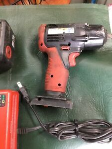 Snap On Ct4410 14 4v 3 8 Drive Cordless Impact Wrench Charger And 2 Batteries