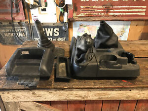 2003 2005 Dodge Ram 1500 2500 3500 Manual Shifter Boot Floor Console Cup Holder