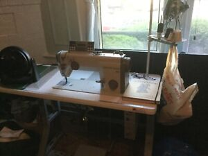 Industrial Sewing Machine German Computerized Machine Sews Upholstery Leathers