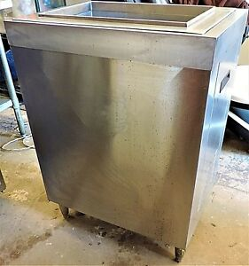 Mccann s Ice Bin With Cold Plate Drop In Stand Model 16 1337