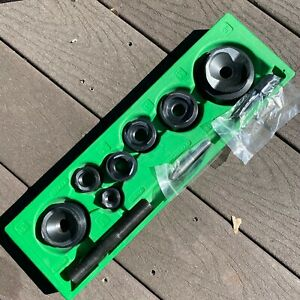 Great Greenlee 1 2 To 2 Hydraulic Slug Buster Knockout Punch And Die Set And