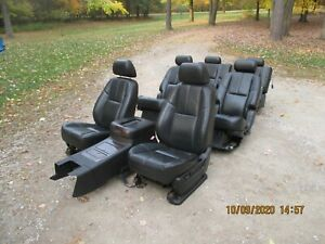 2007 2008 Gmc Yukon Denali Complete Interior Seats And Center Console 3 Rows