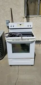 Frigidaire Electric Stove oven full Unit Local Pickup At Location Only