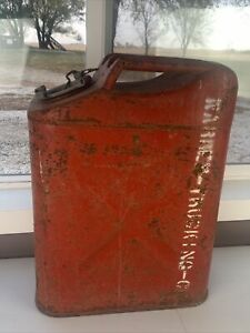 Vintage Jerry Can Usmc 20 5 71 Red Metal Fuel Container Gasoline 5 Gallon