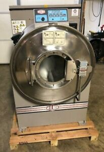 Used Milnor 30022t5e 60lb On premise Laundry Commercial Washer Extractor