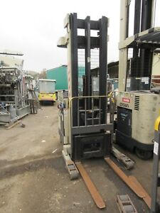 Crown Rr3020 35 Lift Truck Must Id tt276_as pictured_serious Buyers Only