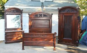 High Quality Victorian Walnut Bedroom Set With Wardrobe