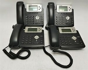 Lot Of 25 Yealink Sip t22p Business Phones W Handsets Stands