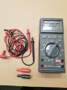 Fluke 27 fm Multimeter With Leads And Alligator Clips very Handy