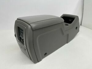 2003 2006 Oem Ford Expedition Center Console Armrest Storage 03 06 S8360