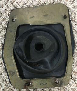 1999 2004 Ford Mustang Lower Shift Shifter Rubber Boot W Metal Support Bracket