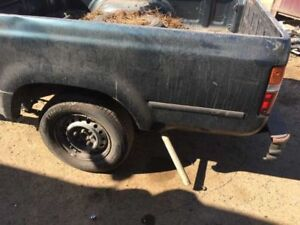 89 95 Toyota Pickup Manual Transmission 4cyl 3 73 Rear End Axle