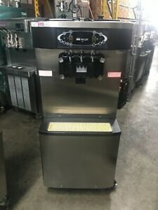 2011 Taylor C713 Soft Serve Frozen Yogurt Ice Cream Machine Warranty 1ph Air