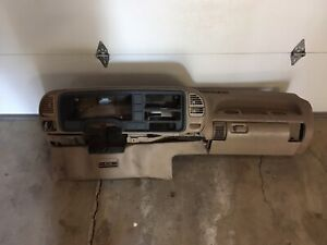 1995 1996 1997 1998 1999 Chevrolet Silverado Gmc Sierra Dash Core Local Pickup
