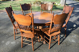 Vintage Round Oak Table And 6 Press Back Chairs