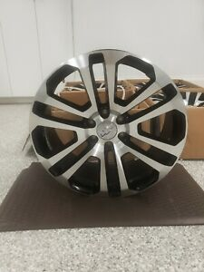 Black And Machined Split Spoke 22 In X 9 In Chevy Wheels
