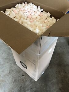 Assorted Packing Peanuts Shipping Loose Fill 34 Gallon Bag Man On