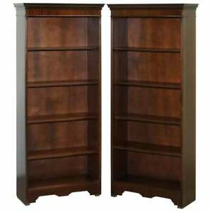 Lovely Pair Of Bradley England Library Bookcases With Height Adjustable Shelves