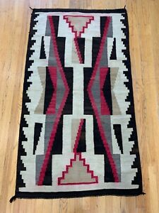 3 2 X 5 6 Authentic Antique Native American Navajo Hand Woven Wool Rug