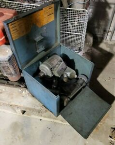 Dumore Tool Post Grinder 7 011 W case And Accessories