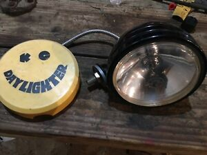 Kc Daylighter Halogen Headlight Work Light Excellent Condition 12v With Cover