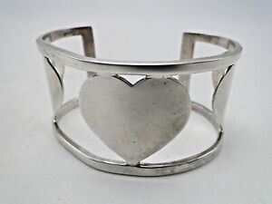 2004 Tiffany Co Sterling Silver Three Hearts Cuff Bracelet Valentines Day Gift