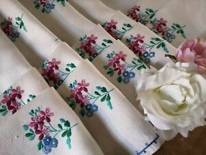 Vintage Hand Embroidered Irish Linen Tablecloth Lots Of Mini Motifs