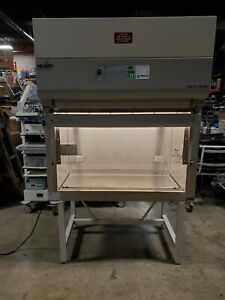 Nuaire Nu 440 400 Type A b3 Biological Safety Cabinet fume Hood