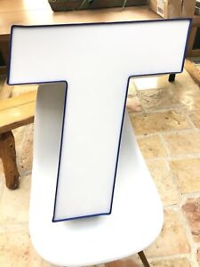 Aluminum Exterior Lighted Sign Letter T