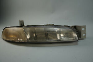 1993 1997 Mazda 626 Headlight Lamp Assembly Front Right Side Rh 0336809 Oem
