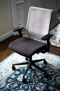 Steelcase Think Brown And White Office Or Gaming Chair Excellent Condition