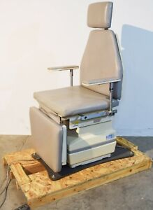 Mti 530h Programmable Surgery Exam Chair And Table With Footswitch