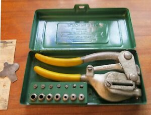 Whitney Jr Hand Punch Set No 5 With 8 Various Size Dies