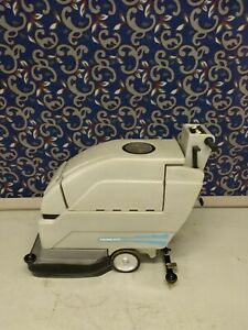 Tennant Nobles 2001 20 Floor Scrubber With New Batteries And Free Shipping