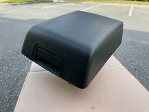 2007 2017 Ford Expedition Center Console Lid Armrest Arm Rest Oem Charcoal